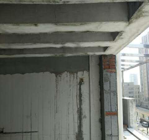华都锦城 6十7楼127十83平方毛坯满2年120万 一手房源