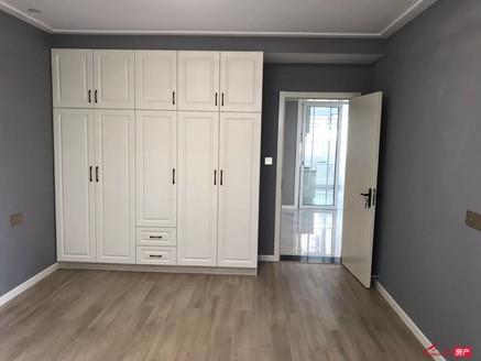 新丹凤公寓 2楼 100平方全新豪装未住过 房东自己装修 89.8万一手房源