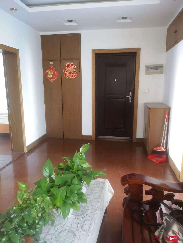 華南新村5樓2室1廳1100元70平有無線網拎包入住