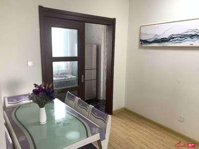出租碧桂园3室2厅1卫精装设施齐全2200元/月住宅