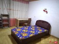 租房小王子,专做租房 丹桂园南区 3室2厅2卫 精装修 1300 一个月