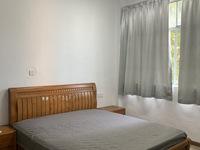 出租阳光花园旁 新装 2室1厅1卫1200元/月