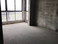 一手金鼎城市花园电梯房黄金楼层125平毛坯满两年有钥匙可随时看房。