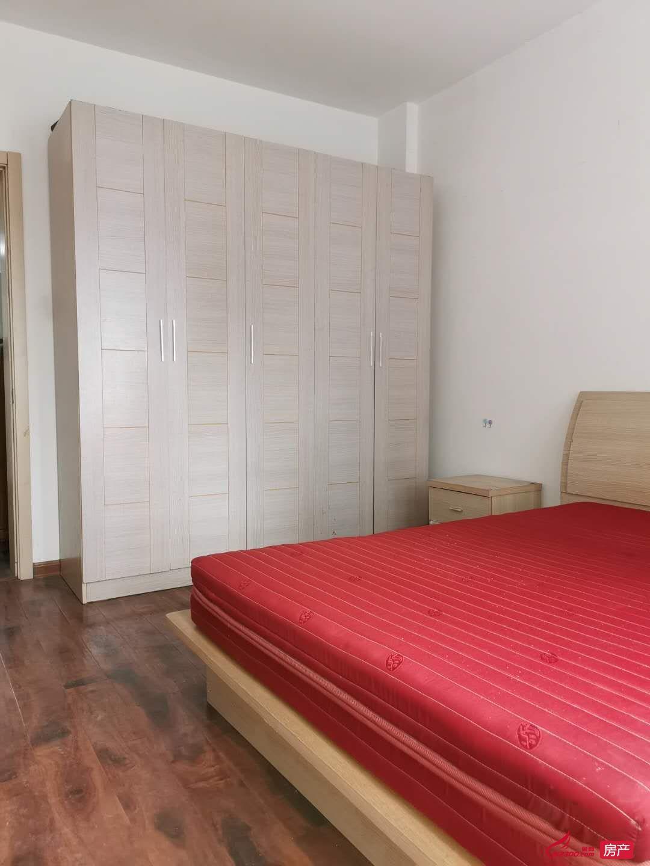 出租练湖新城5楼3室2厅1卫102平米精装1300元/月住宅