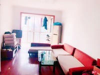 出租金色家园 3室2厅1卫130平米2200元/月住宅