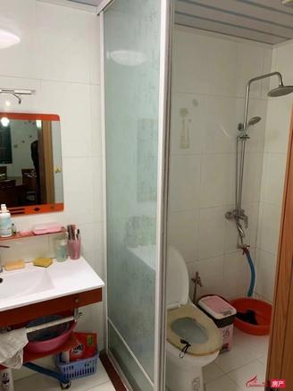 出售欧洲城 3室2厅1卫96平米带独库新精装76.8万住宅