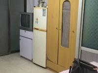 新家园 1楼 50平 1室1卫1厨 独门独户 可以晒衣服 家电齐全 650元/月