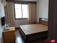 出租 万善园二村3室1厅1卫108平米1200元/月住宅