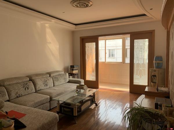 千禧花园5楼3室2厅2卫140平满五120.8万