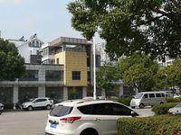 出租缇香花园三期东侧临街门面房 127平米3500元/月商铺