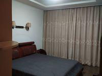 水关路 两居室精装修出租 1300元/月
