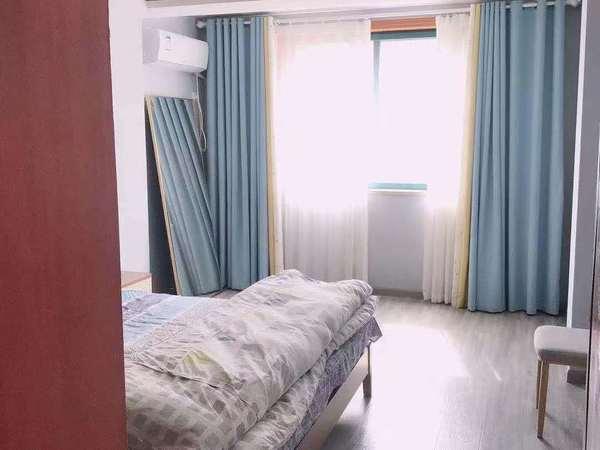 欧洲城 3楼135平三室二厅精装修独库无税115.8万18352895335独家