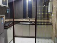 海会新村 装修好房出租1300一月有钥匙独家13706102910