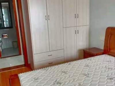 出租荣城国际3室2厅1卫精装2600元/月独家
