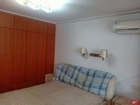 丹桂园南区:精装修 三室两厅 1600每月 18796038595