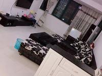 缇香花园1.5楼120平 3室2厅2卫 精装 实施齐全 拎包入住 2000/月