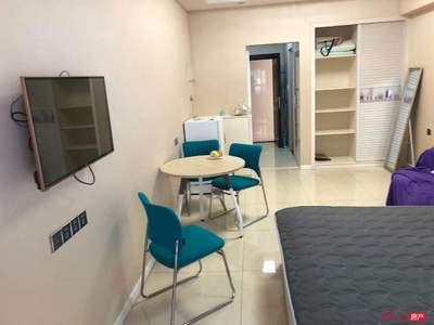 出租碧桂园公寓 精装全配 1房1厅 1500元包物业